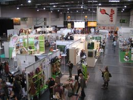 Besuch der Fair Friends Messe, Messehalle.
